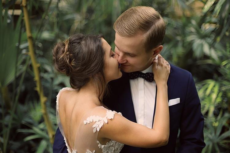Subtelna i naturalna fotografia ślubna w duecie.