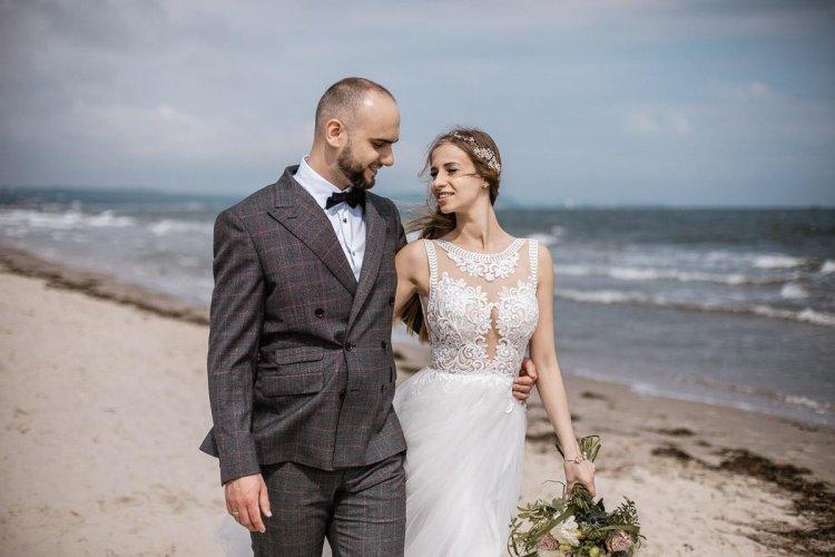 Naturalna, pełna emocji sesja ślubna