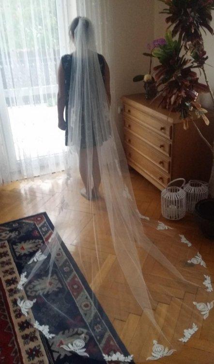 Rustykalna suknia ślubna z salonu SABE model Fjord
