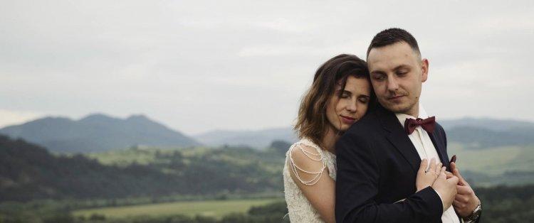 Nowoczesny film ślubny w stylowej formie