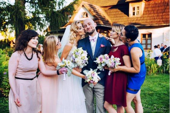BIAŁE KADRY Jeśli cenicie piękne zdjęcia... Reportaż ślubny