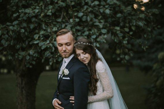 Artystyczna i Naturalna Fotografia Ślubna Reportaż ślubny