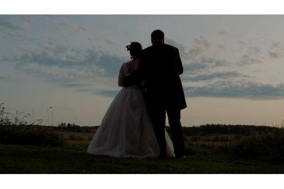 Artystyczny i nowatorski film ślubny Filmowanie ślubów
