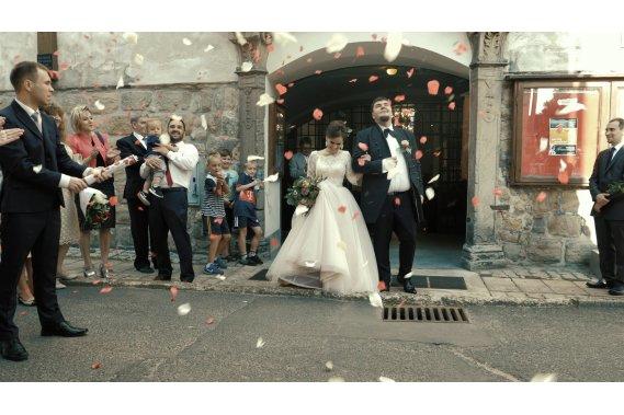 Długi teledysk ślubny - opcja filmu 3D 360 VR! Filmowanie ślubów
