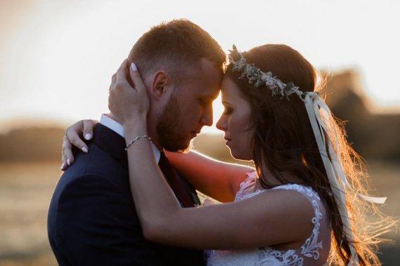Miłosne historie zapisane na zdjęciach Reportaż ślubny