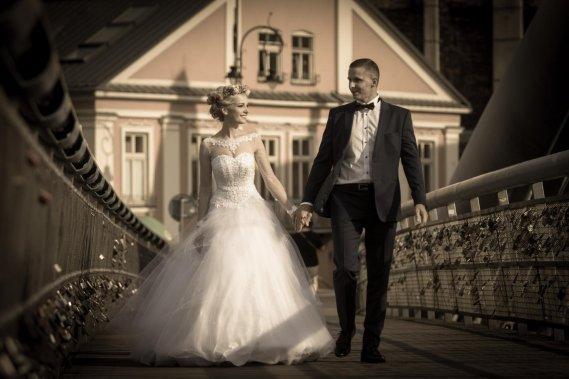 Niebanalny film ślubny Filmowanie ślubów