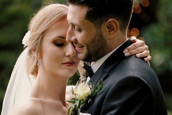 Subtelne i romantyczne filmy ślubne Filmowanie ślubów Lowmi - Pracownia filmowa