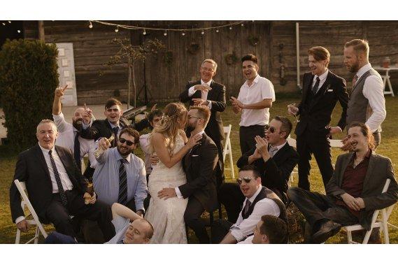 Naturalne filmy ślubne. Filmowanie ślubów