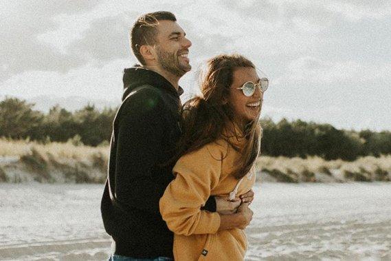 Ponadczasowe emocjonalne filmy ślubne Filmowanie ślubów Best Friends Weddings - Cinematic stories about Love