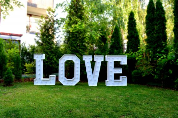 Wynajem Napis LOVE | Wolne Terminy na 2020 | Dekoracje weselne WeselnyUrok