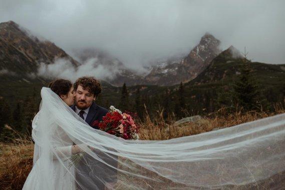 GreyMount - Profesjonalna fotografia ślubna Reportaż ślubny Greymount