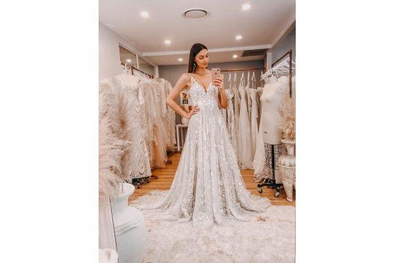 Piękna Harper Madi Lane Suknie ślubne Wedding Projekt - bride plus size
