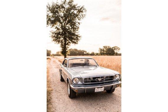 Auto do ślubu Ford Mustang 1965 Zabytkowe