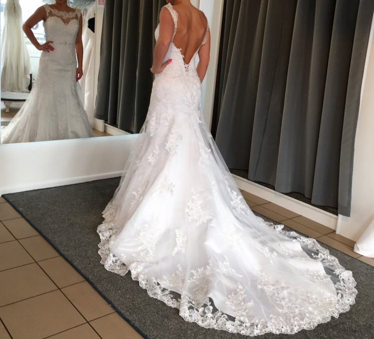 Annais Bridal Lisel kolor biały jak nowa