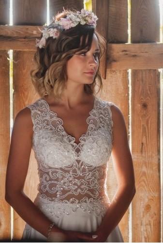Delikatna i seksowna suknia ślubna rozm 34-36