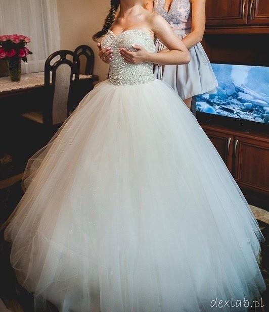 Suknie Suknia ślubna 2 50000zł