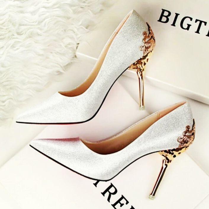 70bbfecb70e34 Buty - Piękne buty ślubne - 200,00zł