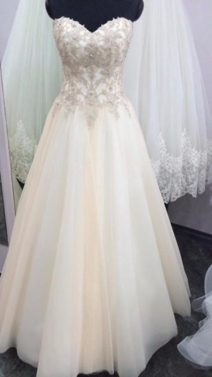 Suknie śliczna Suknia ślubna Delikatna Princessa Błyszcząca 1