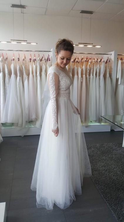 Zjawiskowa suknia Julii Gastoł, r.40/42 | Sopot