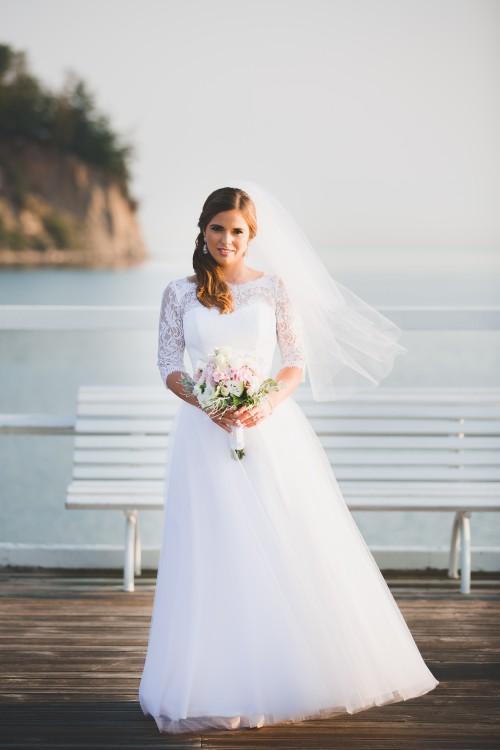 Sukienka tiulowa z włoską koronką