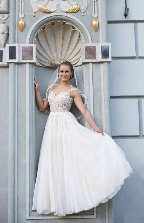 GALA MACHIKO! sprzedam przepiękną suknię ślubną
