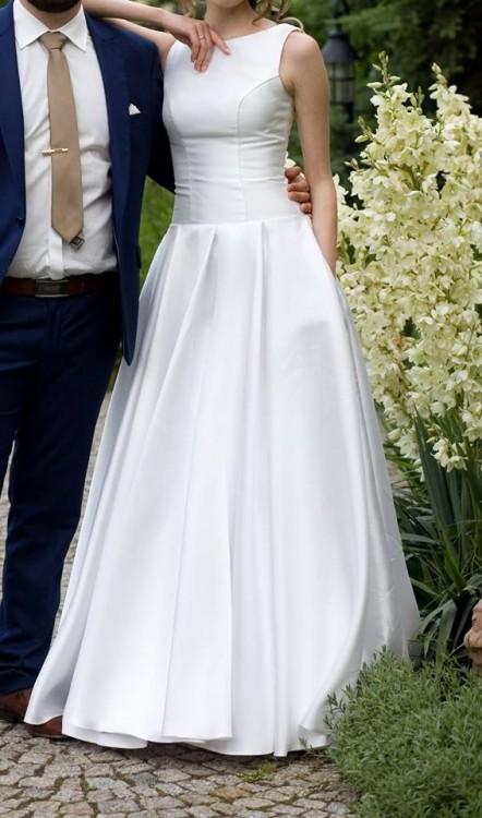 94376522cb Suknie - Prosta elegancka suknia ślubna rozmiar 34 36 - 1 300