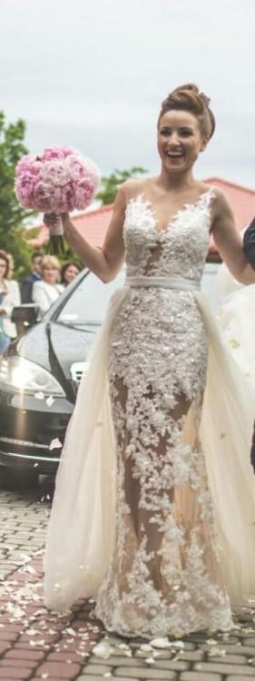 3e6d05481c Sprzedam suknię ślubną IGAR Bridal Collection -model IG1708T . Cena  obejmuje suknię wraz z dopinanym trenem. Polecam! )