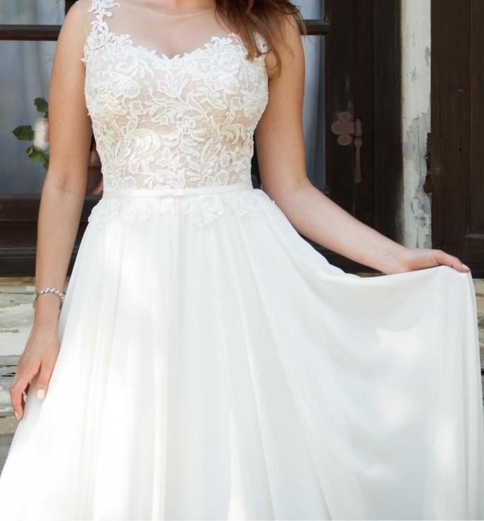27a5585964 Wystarczy Suknie - Muślinowa suknia ślubna z gipiurą- długi welon gratis  GA-22