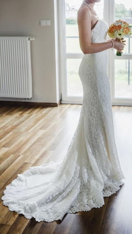c1cae21b Suknie - Suknia ślubna z trenem ENZOANI - 3 000,00zł
