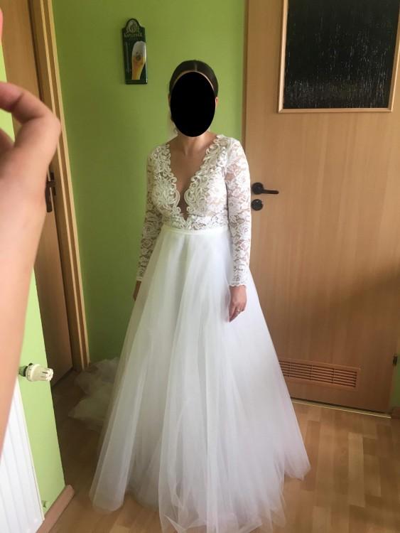 de8947d94a Sukienka posiada oryginalny pokrowiec. Do wglądu umowa sprzedaży.