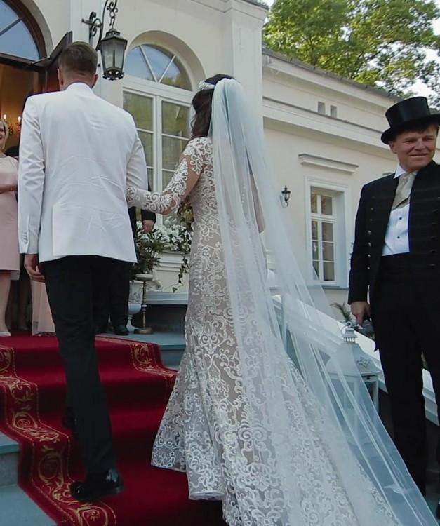 Suknie Wyjątkowa Suknia ślubna Marki Crystal Design Model Savana