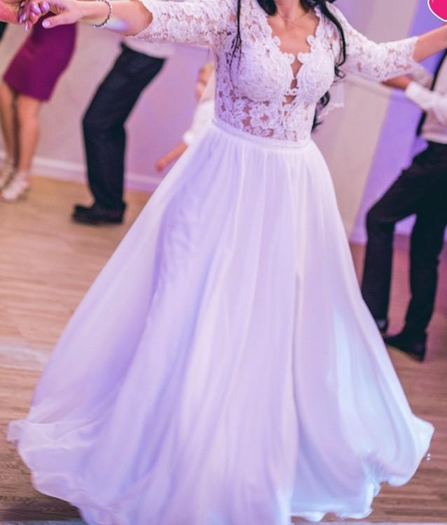 Zmysłowa suknia ślubna Charlotte firmy Pilar 2018