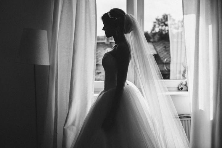Suknia ślubna w stylu księżniczki - Viola Piekut