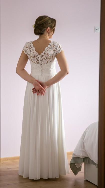 Suknia ślubna - MUŚLIN, GIPIURA - rozm. 38-40