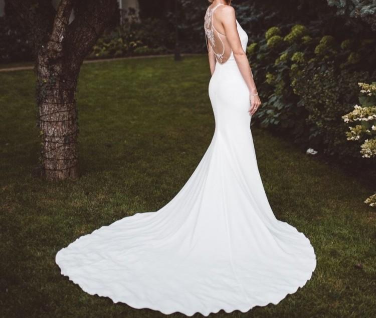 Suknia ekskluzywnej marki PRONOVIAS, model Dreba, rozm. 36
