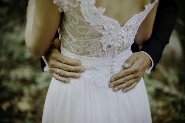 Suknia ślubna- sprzedam tanio