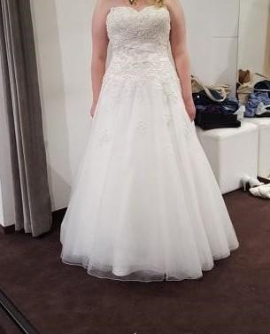 Suknia ślubna rozm 48 ściągana z USA