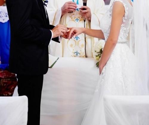 Nisha biała suknia ślubna