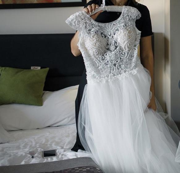 Piękna suknia szuka właścicielki :)