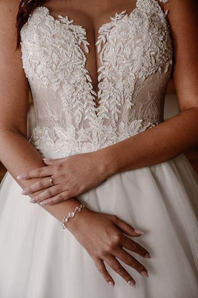 Biała Suknia Ślubna Rozmiar 40 ( L )