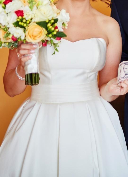 Suknia ślubna mikado Madonna