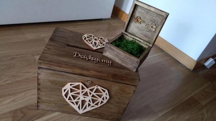 Drewniany zestaw: pudełko na koperty + pudełko na obrączki