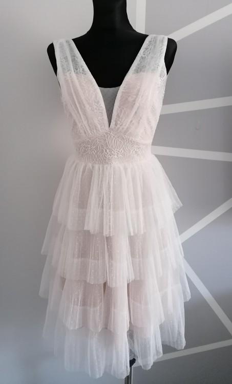 Sukienka na wesele, koronkowa, tiulowa, falbanki Soky&Soka
