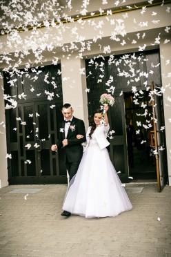 Suknia ślubna Princessa kryształki i perełki