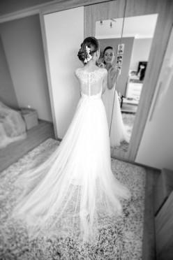 Nadzwyczajna Suknia ślubna z kolekcji La Sposa 2015