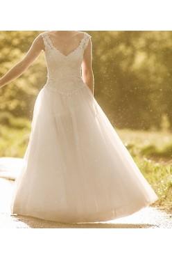 suknia ślubna wyszywana kryształkami swarovskiego