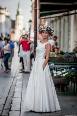 Sukienka ślubna MALIBU xs elegancka ręcznie haftowana