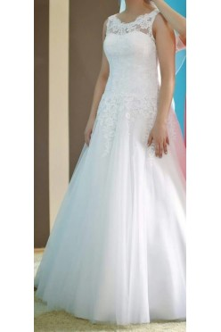 Suknia ślubna wzorowana na modelu 8630 Justin Aleksander