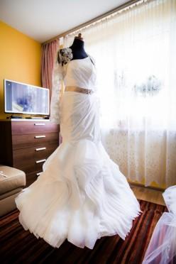 Biała suknia ślubna Abril Angel syrena Viola Piekut rybka