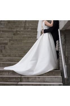 Suknia ślubna model Arcilla Aire Barcelona Pronovias